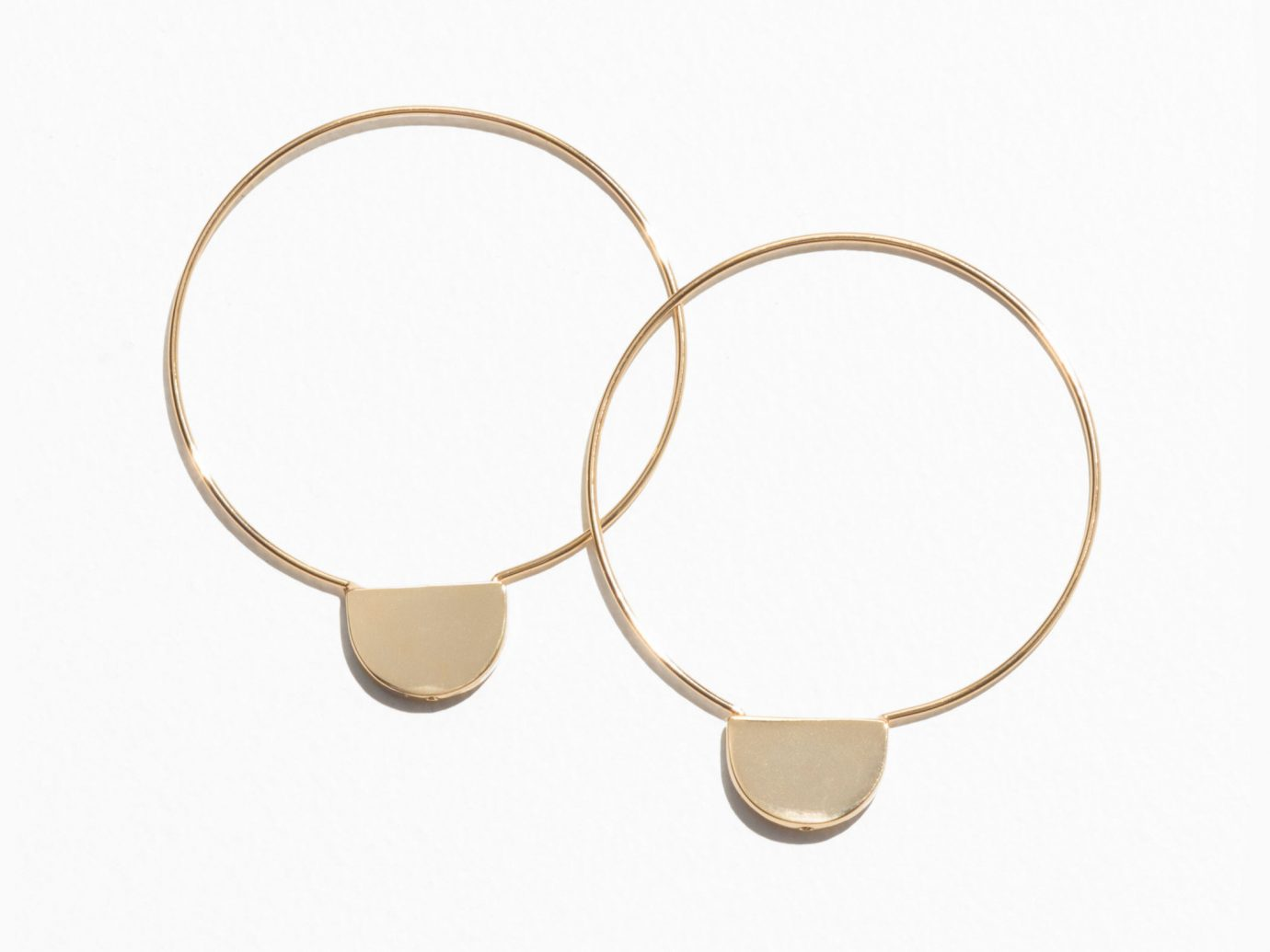 Spring Travel Style + Design Summer Travel Travel Lifestyle Travel Shop accessory fashion accessory jewellery body jewelry product design product material necklet bangle circle