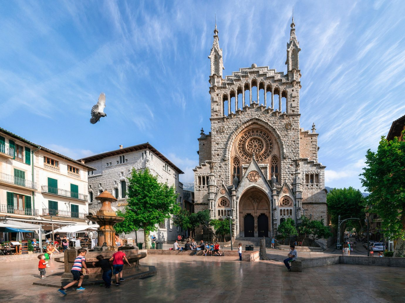 europe Spain Trip Ideas sky landmark Town City plaza cathedral metropolitan area town square building basilica tourist attraction place of worship Church historic site medieval architecture byzantine architecture metropolis tree tourism facade steeple street tours