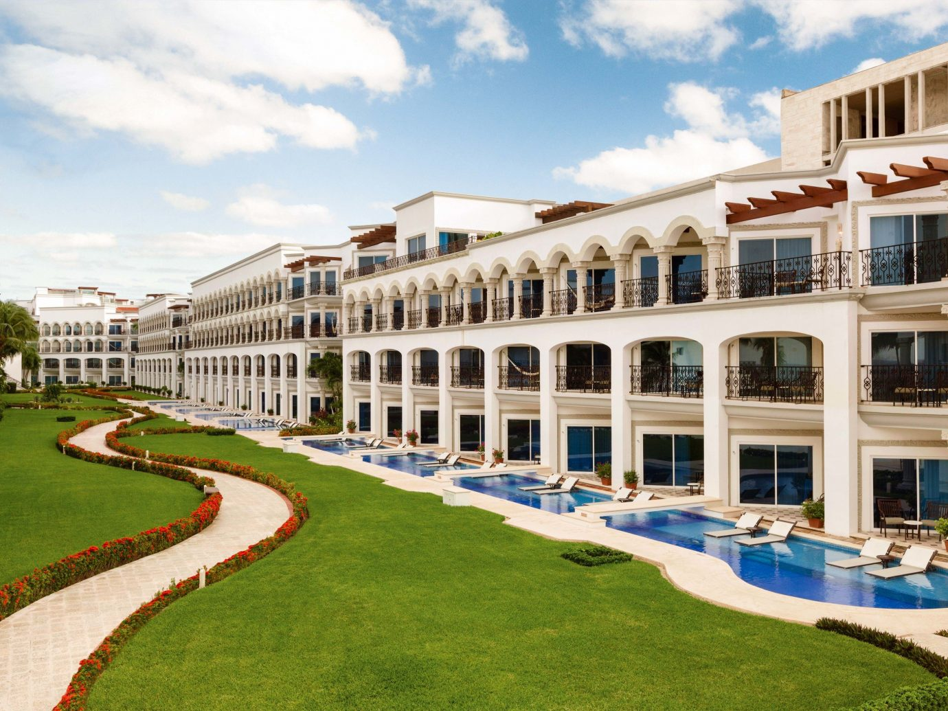 All-inclusive All-Inclusive Resorts Mexico Riviera Maya, Mexico property mixed use condominium residential area Resort apartment real estate neighbourhood estate building hotel facade corporate headquarters