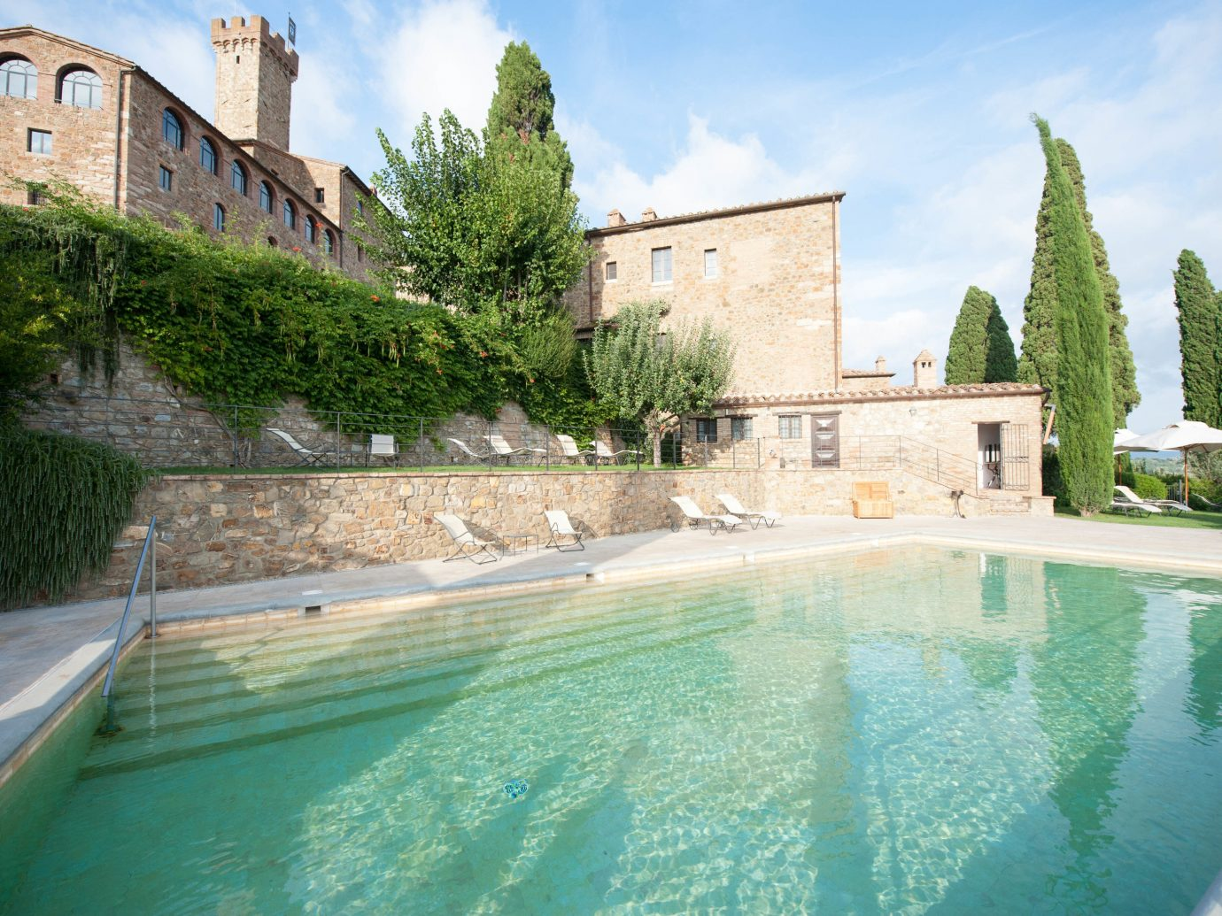 europe Hotels Italy Romance outdoor building swimming pool property estate vacation Villa reflecting pool mansion Pool backyard waterway stone