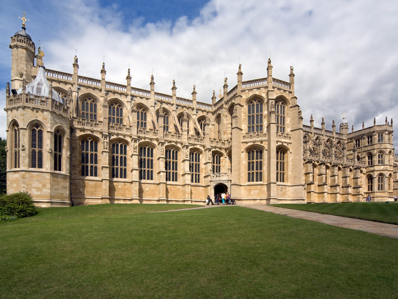 England europe London Trip Ideas landmark stately home classical architecture building medieval architecture estate sky palace grass historic site national trust for places of historic interest or natural beauty listed building château daytime mansion cathedral facade university tourist attraction tree manor house place of worship chapel window castle