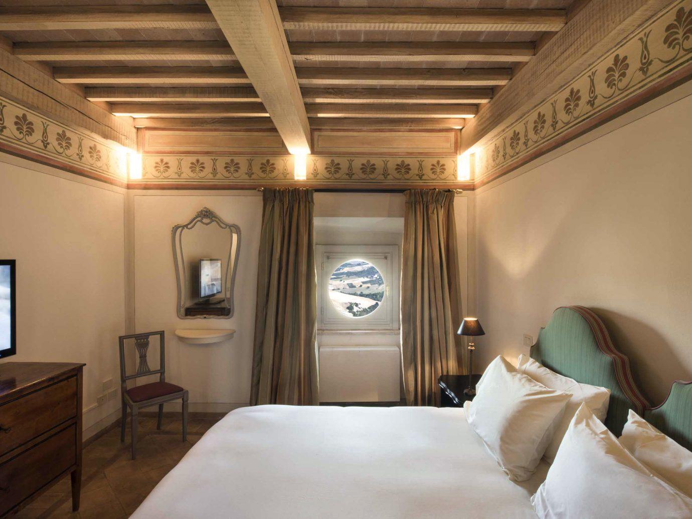 Bedroom europe Honeymoon Hotels Italy Luxury Romance Romantic indoor wall ceiling room bed property hotel scene estate interior design Design Suite furniture