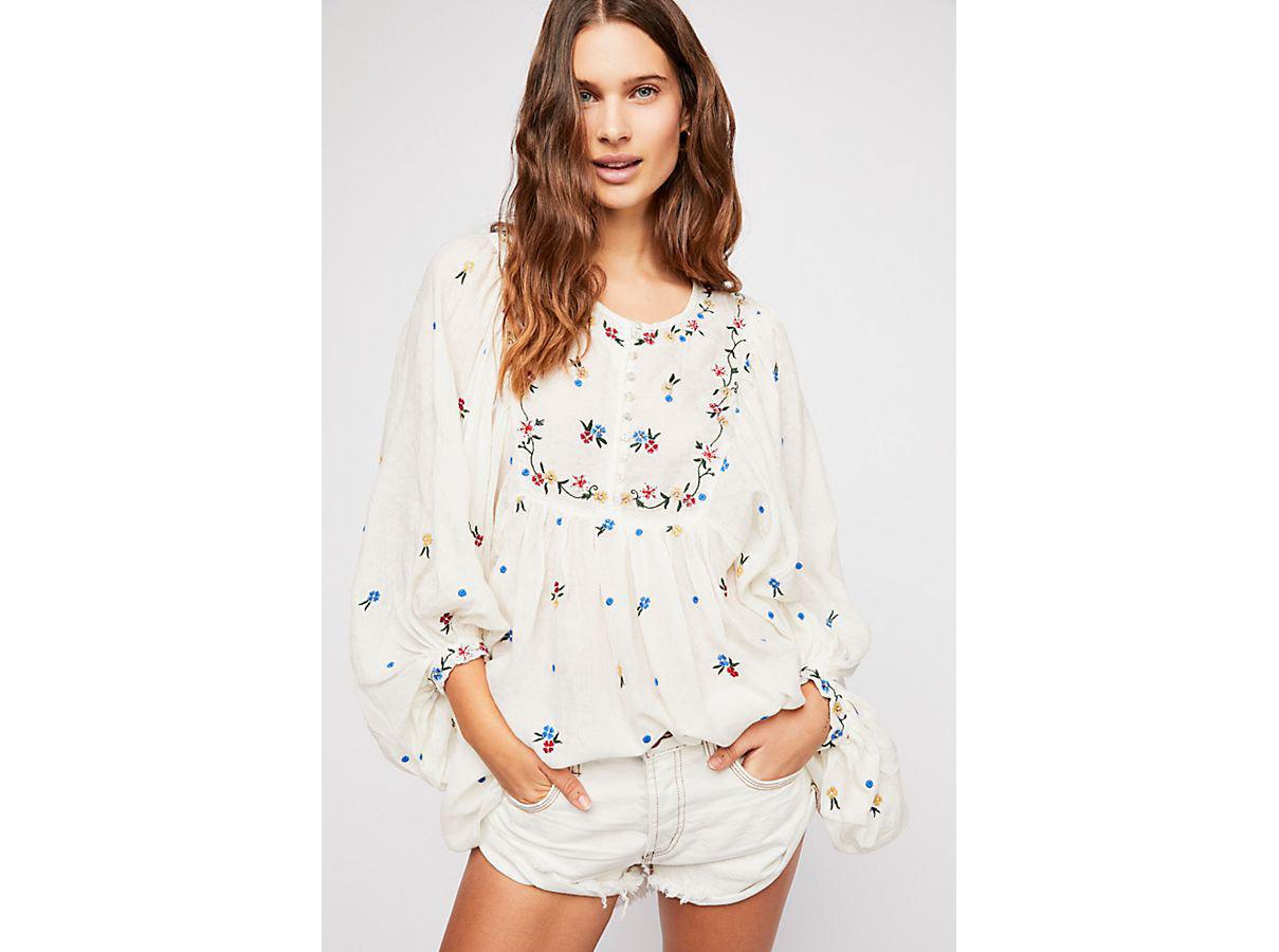 Girls Getaways Trip Ideas Weekend Getaways person clothing fashion model shoulder posing day dress sleeve joint blouse neck one piece garment