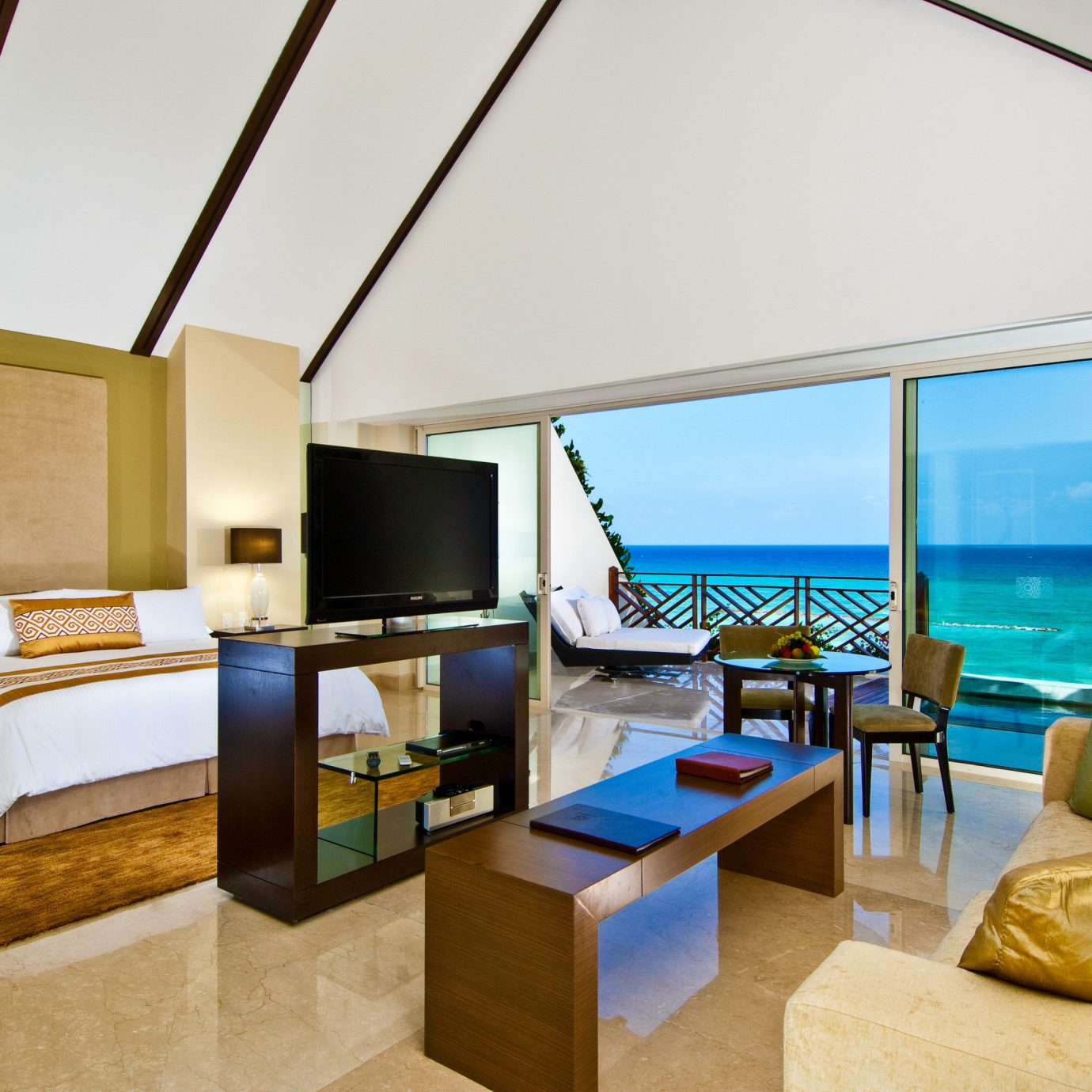 Suite living room Resort penthouse apartment interior designer Bedroom Modern