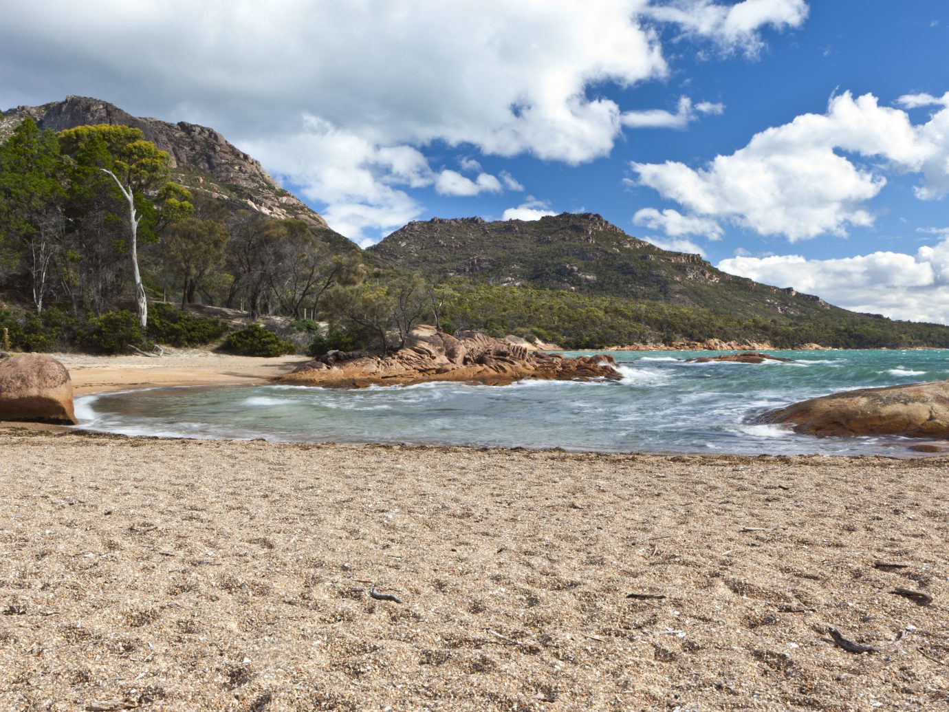 Honeymoon bay at Tasmania, Freycinet National Park. Australia