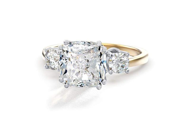 Big diamond ring, Meghan Markle engagement ring look alike