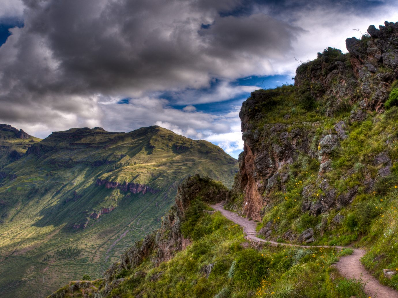 HDR image with multiple exposures of the Inca Trail