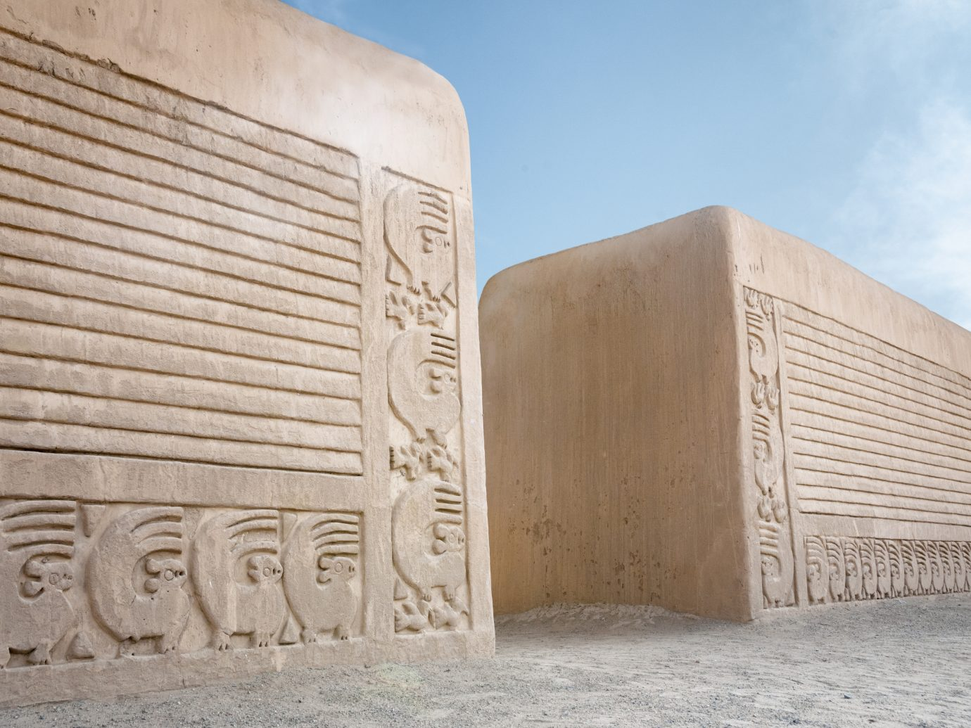 Sculpted Wall Pattern At The Ancient Chimu City Of Chan Chan In Trujillo, Peru
