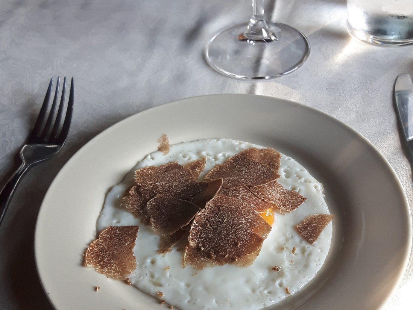 Pasta dish with truffles