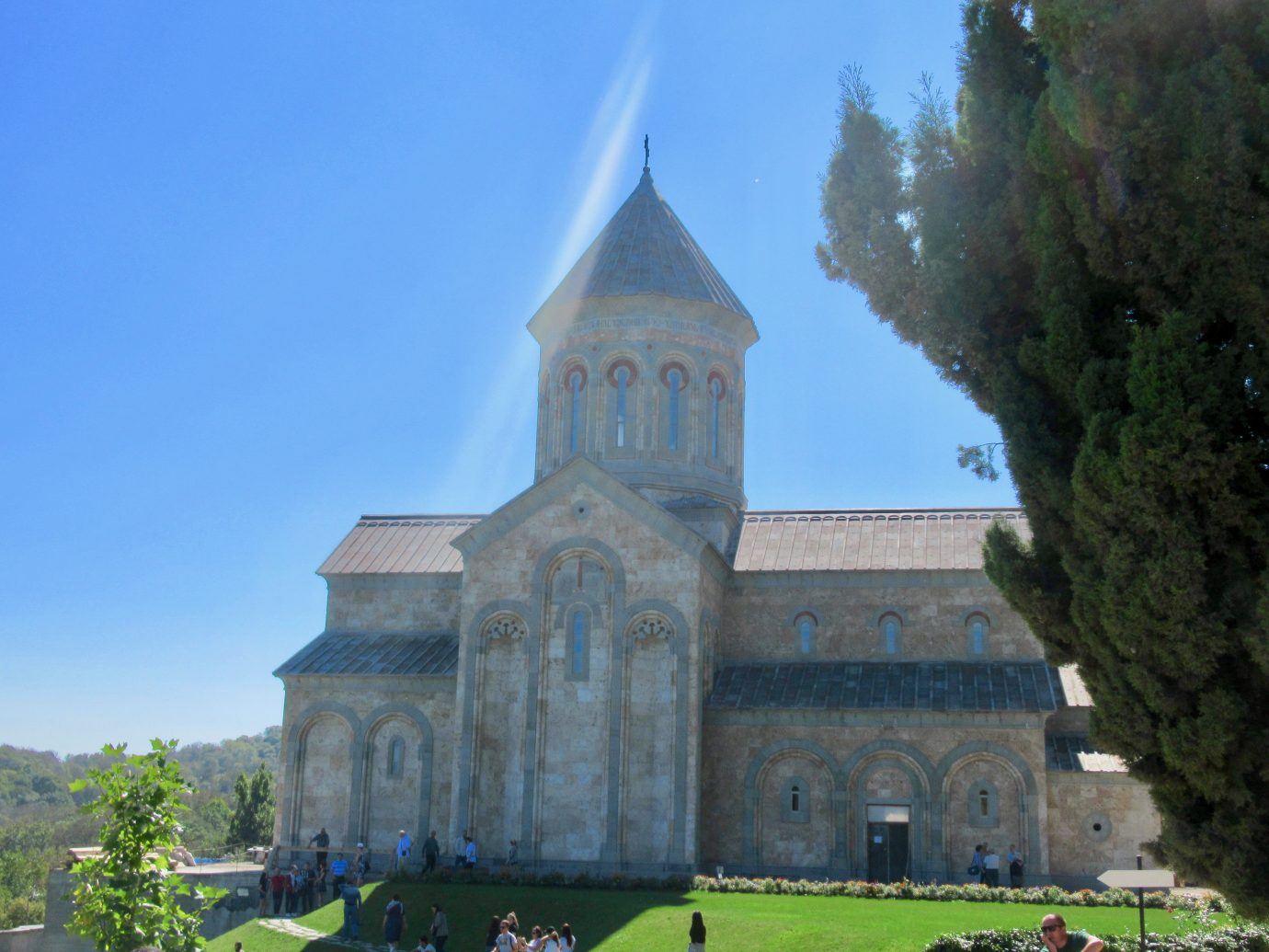 St. Ninho's Church exterior
