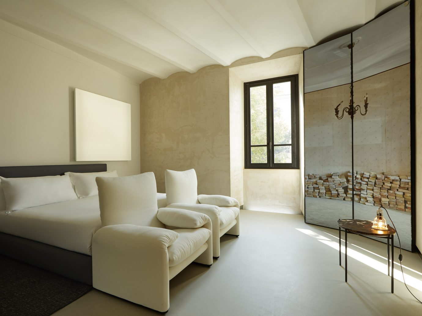 Rooms of Rome, Italy