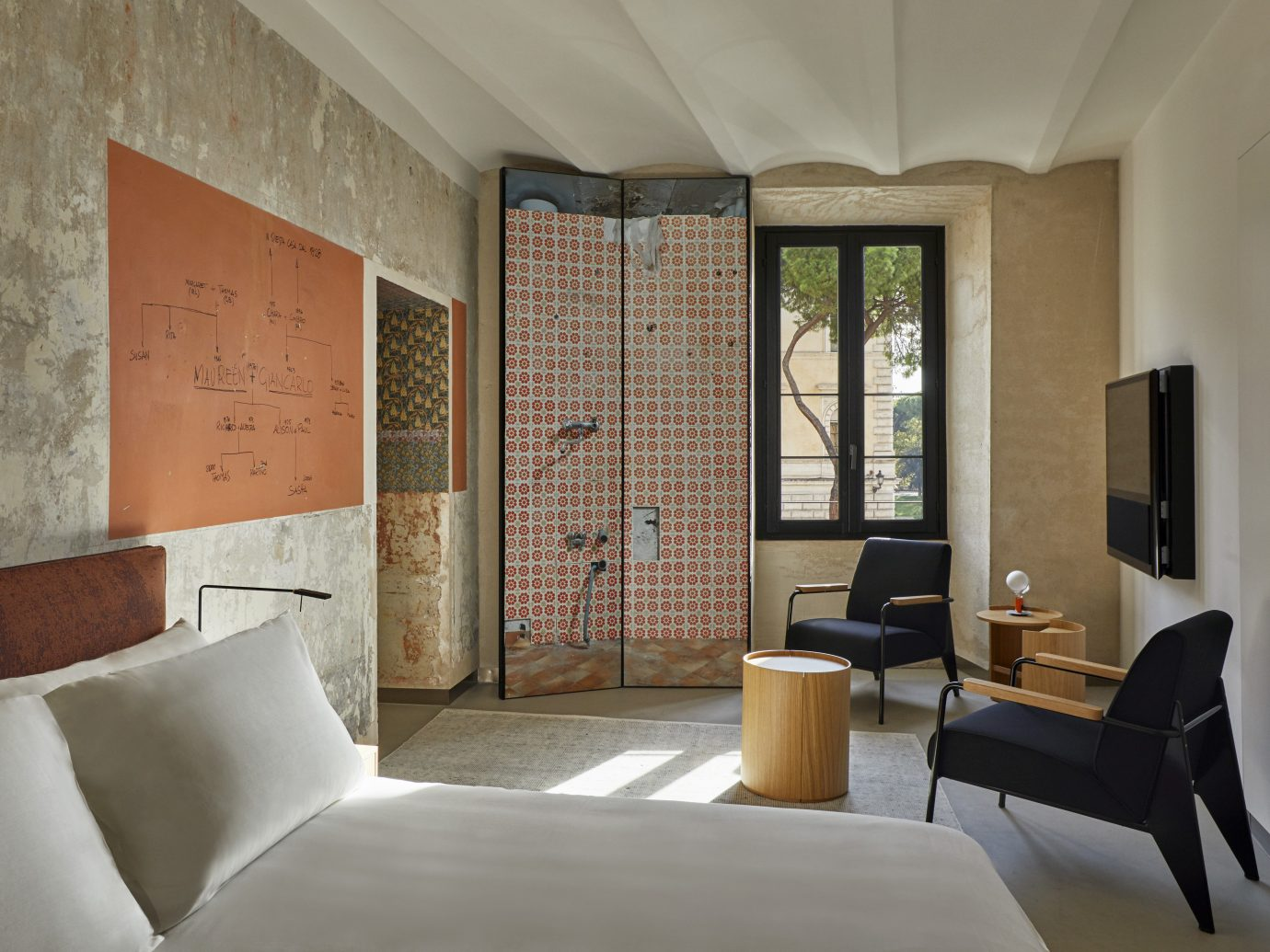 Rooms of Rome, Italy guestroom