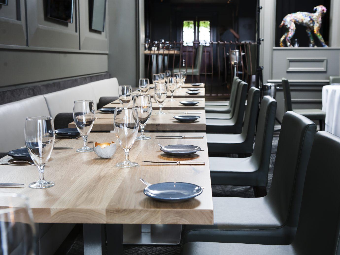 Set tables inside Aria