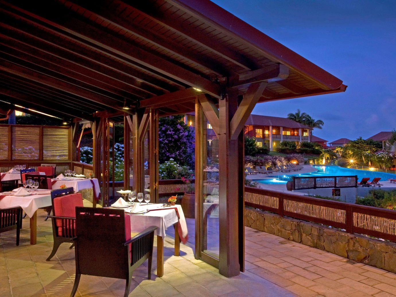 Table outside of Le Cap Est Lagoon Resort