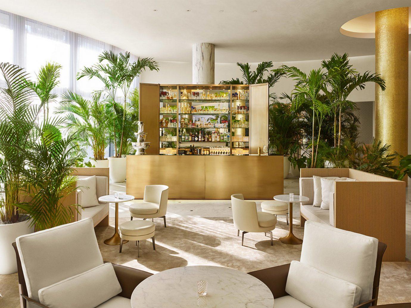 Bar at the Miami EDITION