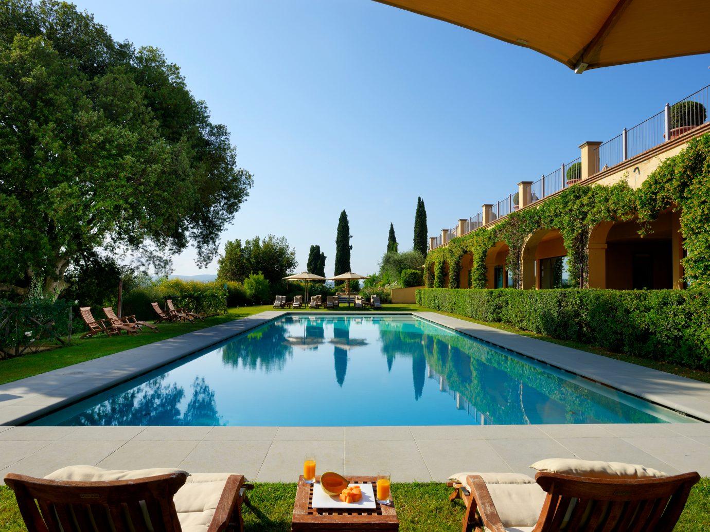 Pool at COMO Castello Del Nero