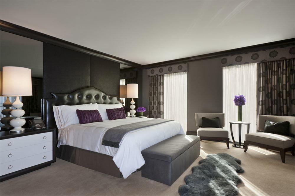 Bed at Waldorf Astoria Chicago
