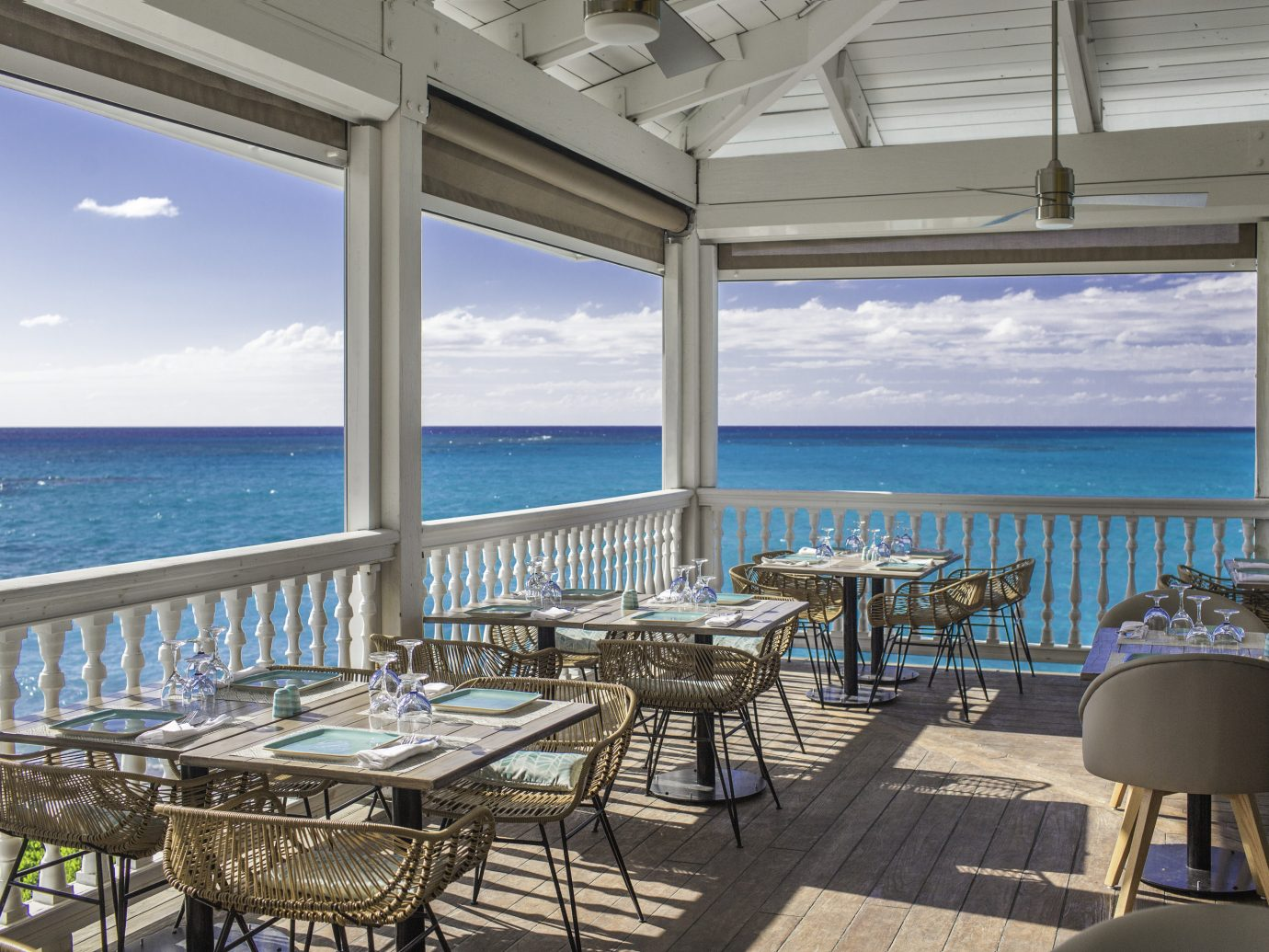 Outdoor dining at Club Med Columbus Isle