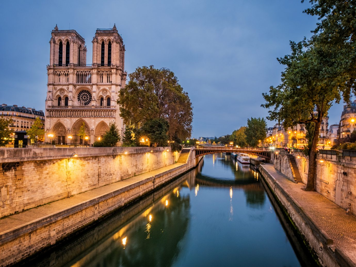 The Notre Dame Chatedral in Paris at the river Seine