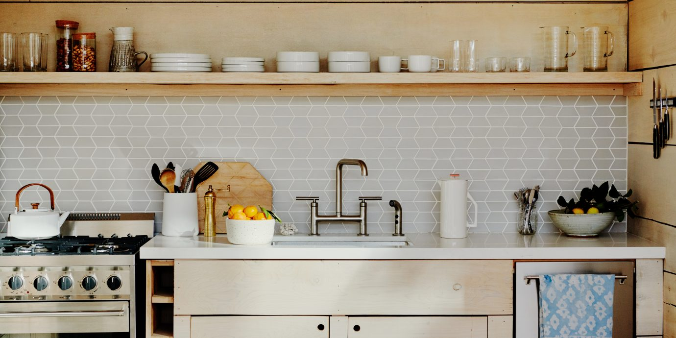 Airbnb kitchen in Los Angeles