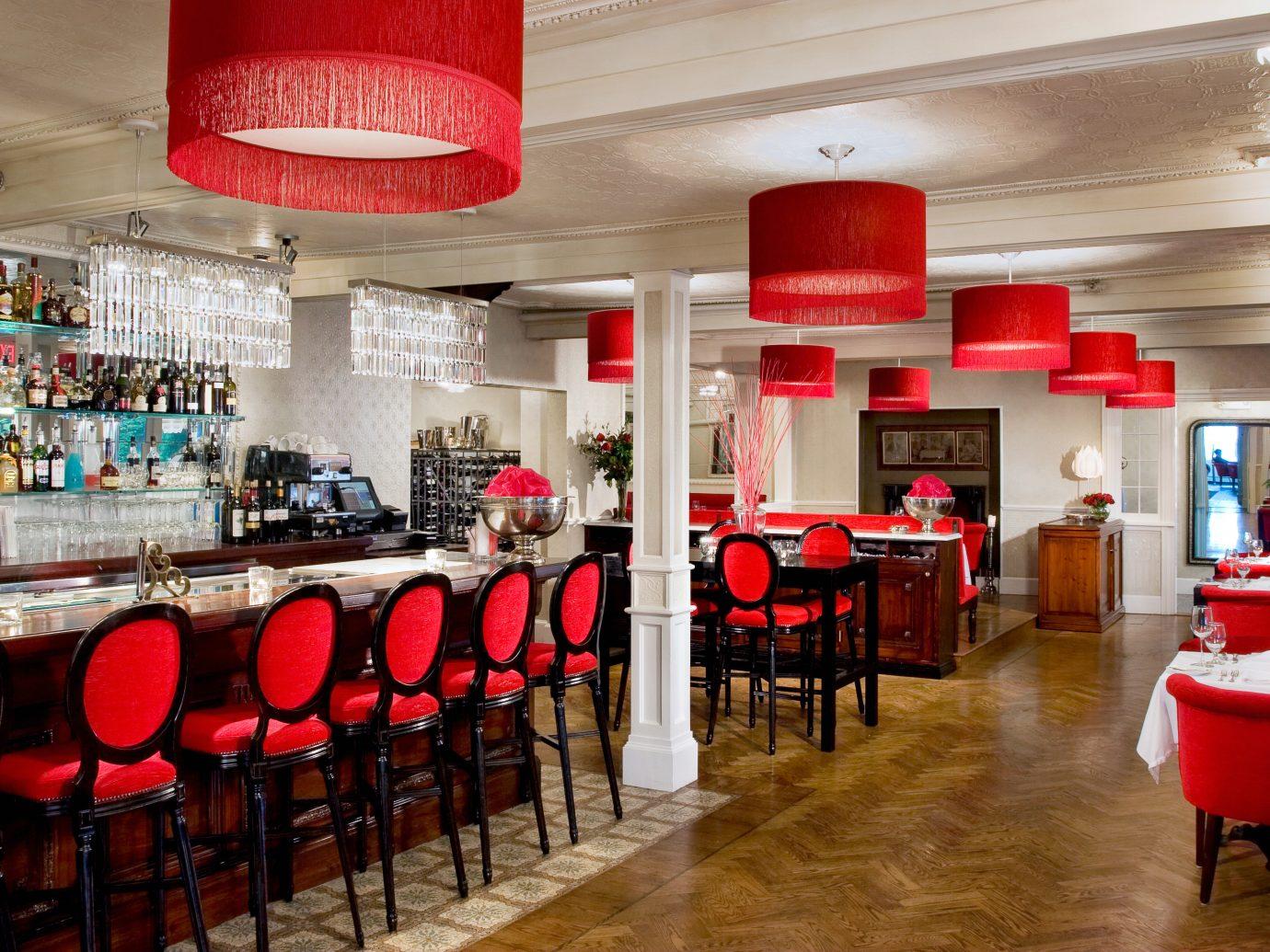Bar at Camden Harbour Inn