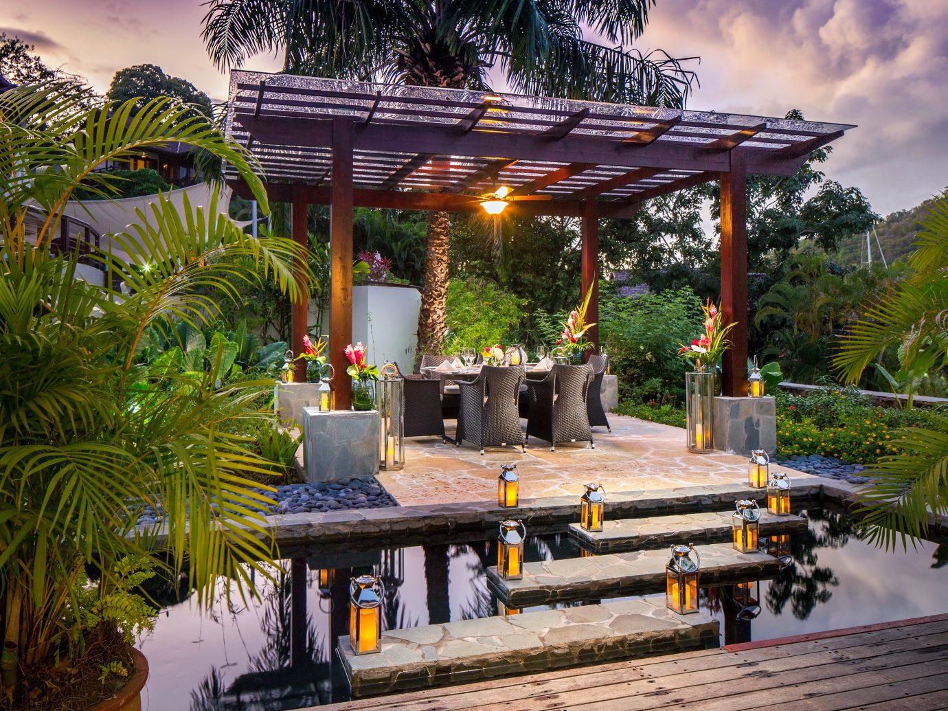 Outdoor dining Marigot Bay Resort & Marina