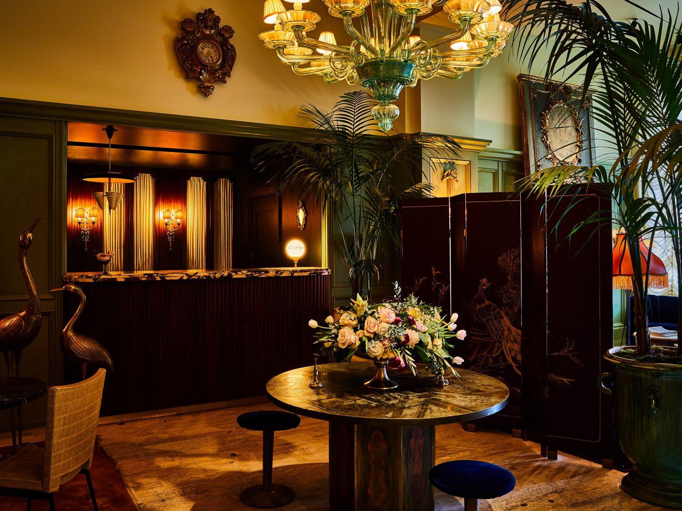 Reception desk at the Siren Hotel