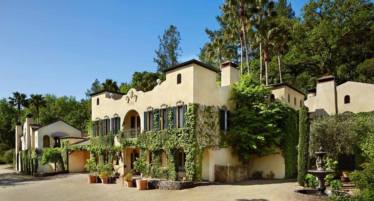 Exterior of Kenwood Inn and Spa in Sonoma