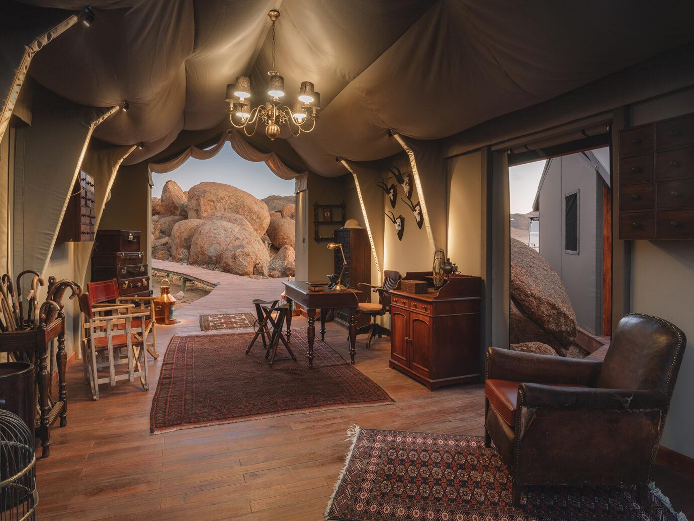 Reception of Sonop Lodge