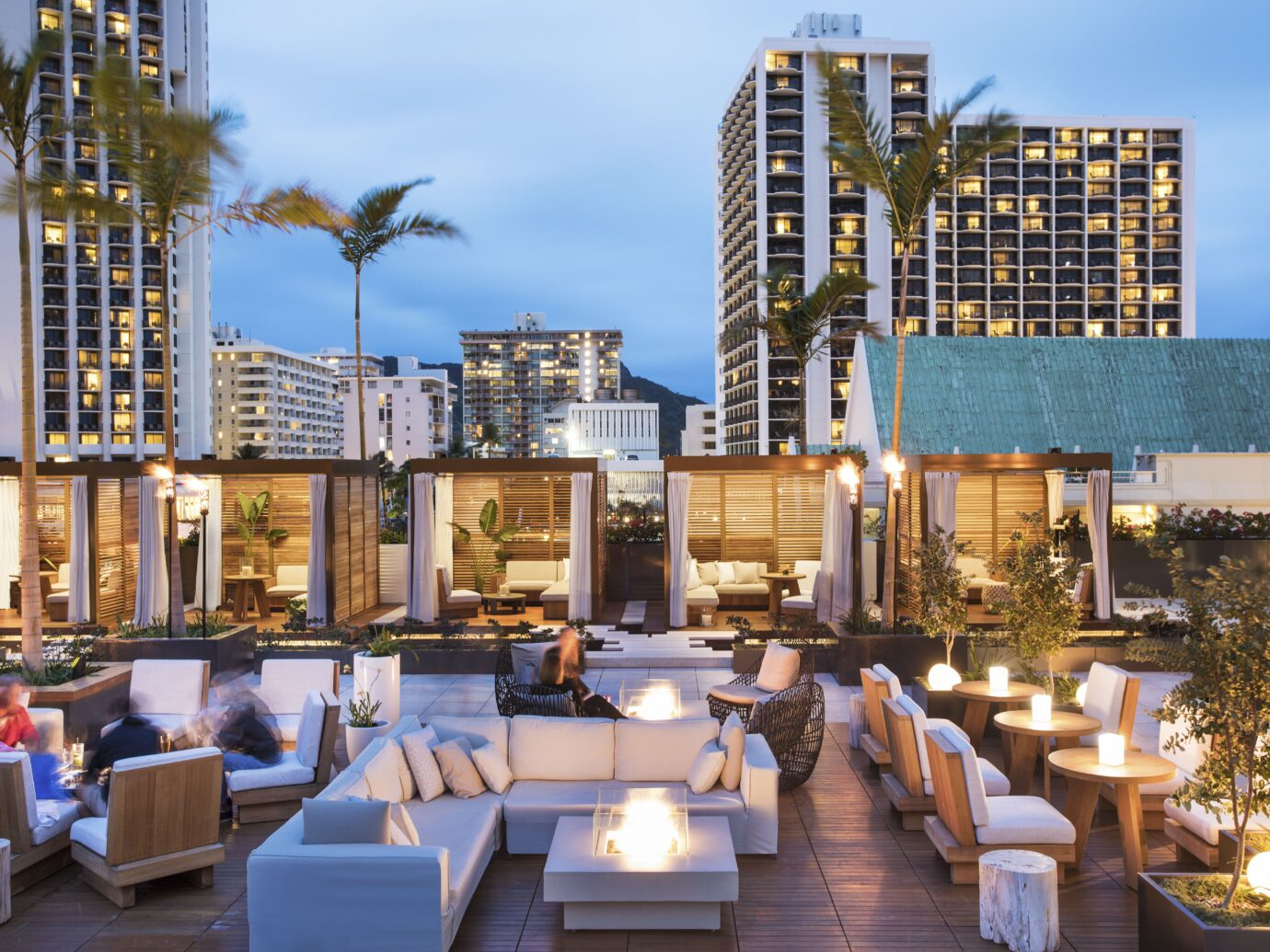 Outdoor lounge at Alohilani Resort Waikiki Beach
