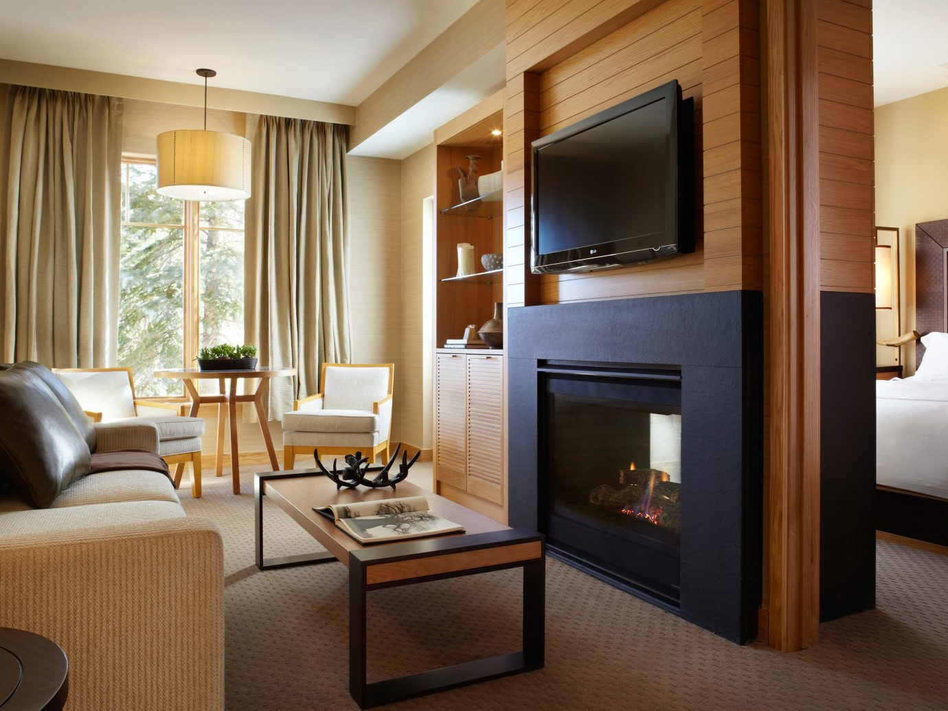 Bedroom at Viceroy Snowmass