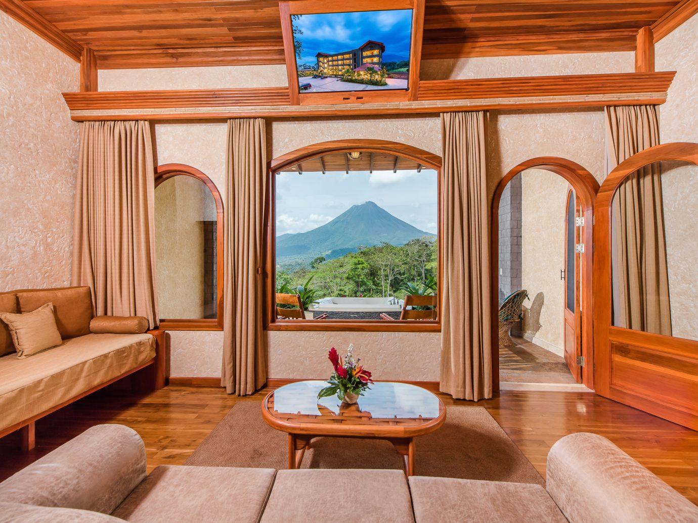 Living room of the Honeymoon Grande Vista