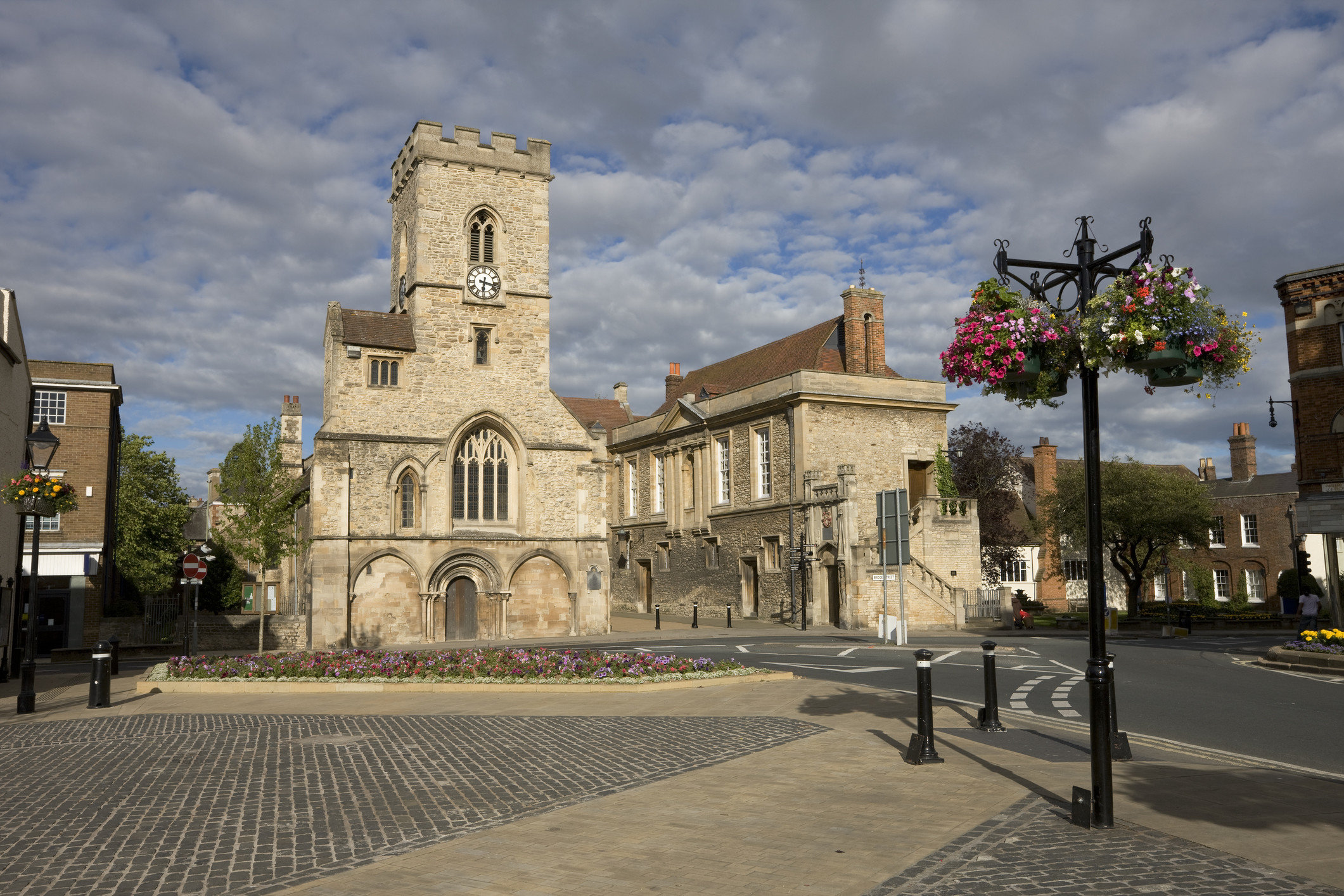 Trip Ideas sky outdoor Town town square plaza building City Church street medieval architecture tree cathedral place of worship neighbourhood facade estate history parish basilica historic site day