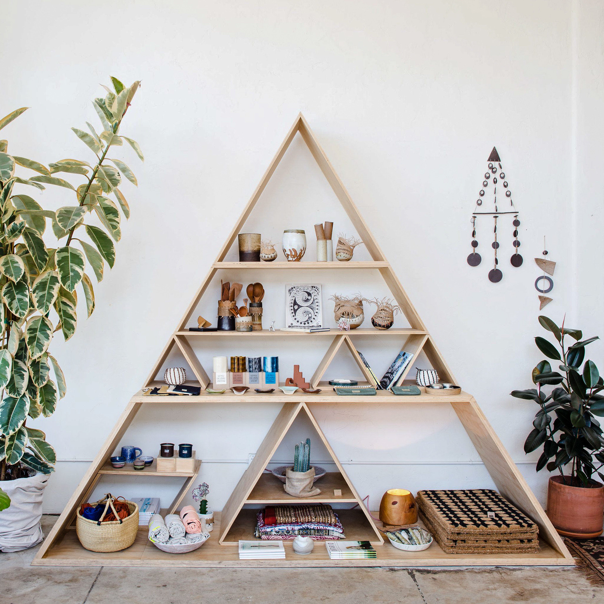 Travel Shop home shelf shelving christmas decoration wood decor Christmas tree angle furniture