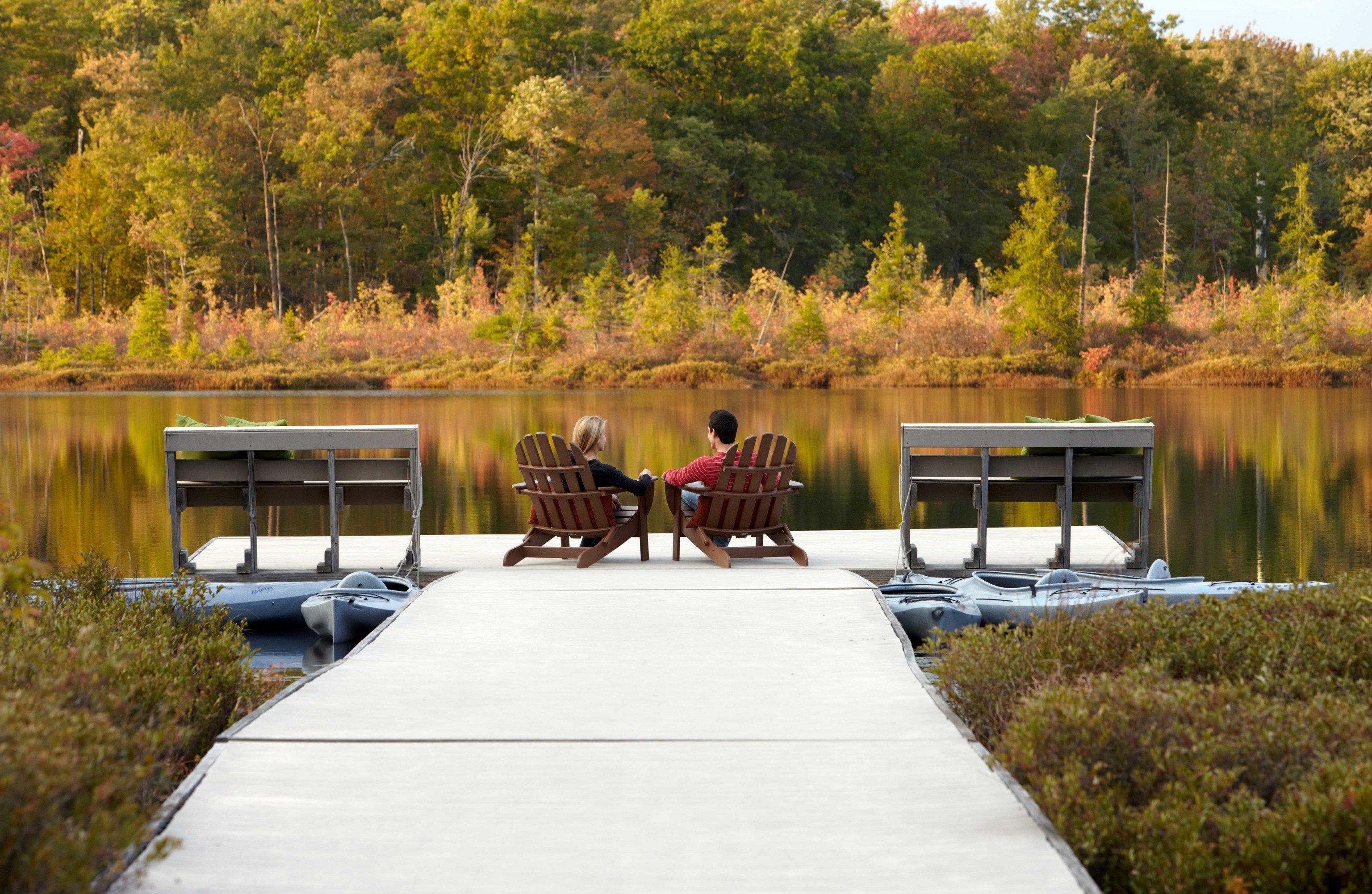 Romance Trip Ideas Weekend Getaways tree outdoor water grass River wilderness Lake park season pond vehicle waterway Boat reflection autumn overlooking