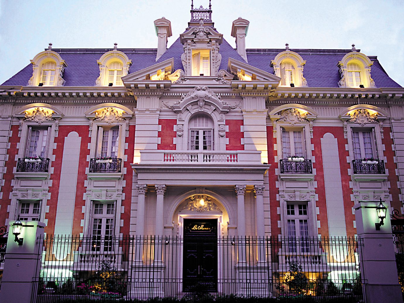 Architecture Buildings Elegant Exterior Hotels Romance building outdoor landmark house facade palace place of worship synagogue government building