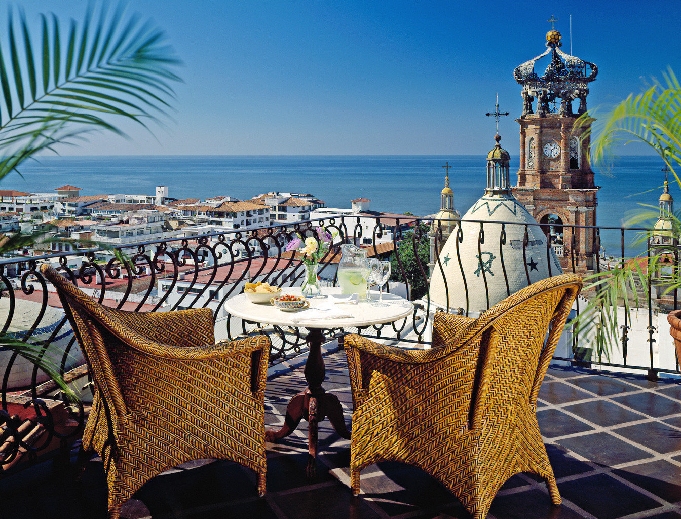 Balcony Dining Elegant Hotels Romance Romantic Rooftop Waterfront outdoor chair vacation Resort tourism furniture dining table