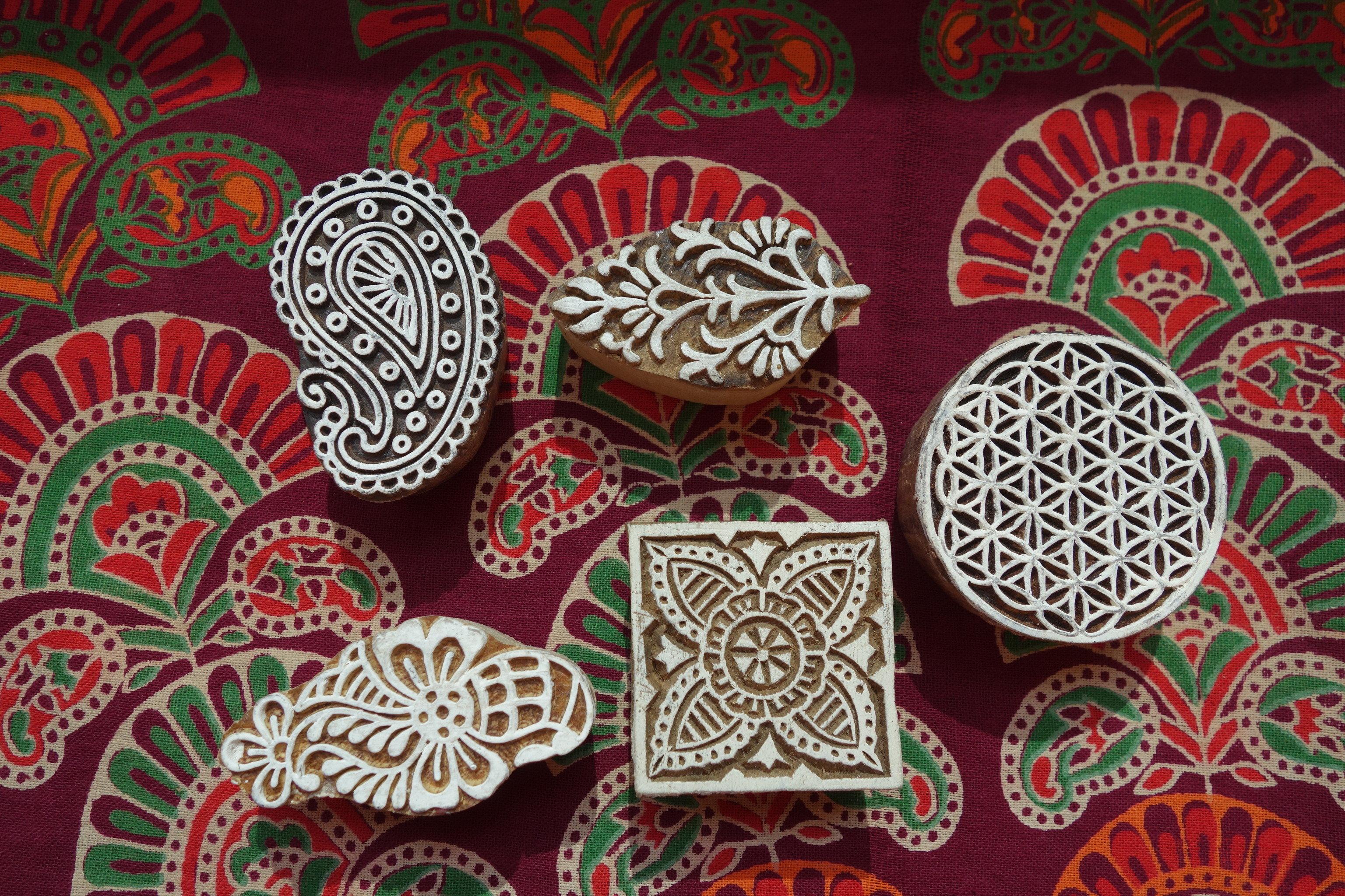 Travel Tips pattern art Design circle textile fabric painting