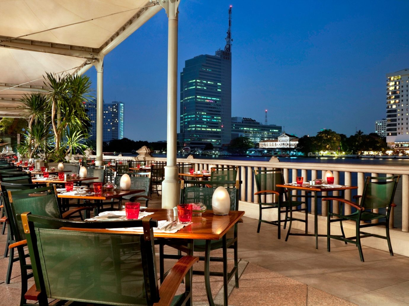 City Dining Drink Eat Hotels Patio Terrace Waterfront sky table chair outdoor restaurant plaza condominium Resort area
