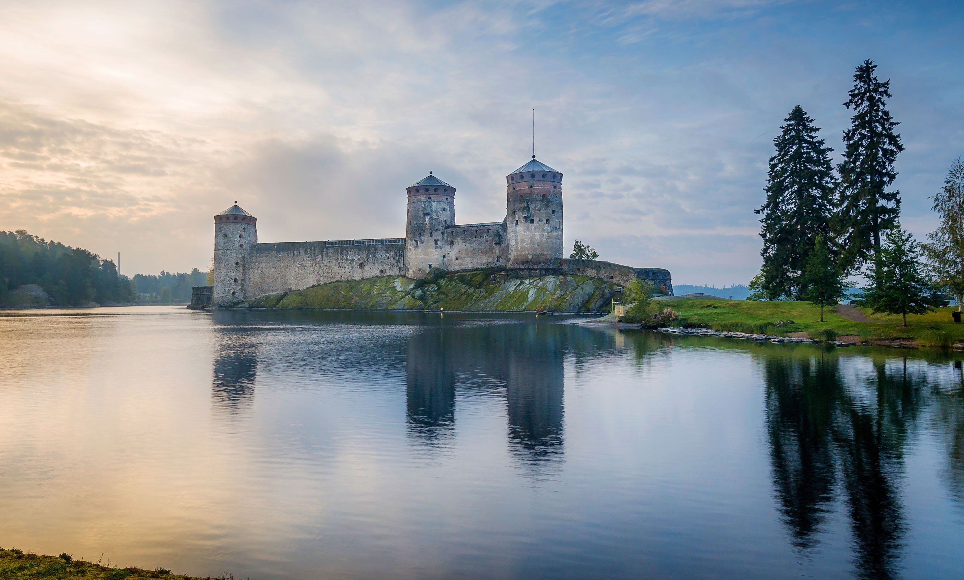 Trip Ideas outdoor water sky reflection Lake landmark building River château castle cloud morning house landscape tower reservoir cityscape dusk skyline surrounded pond day