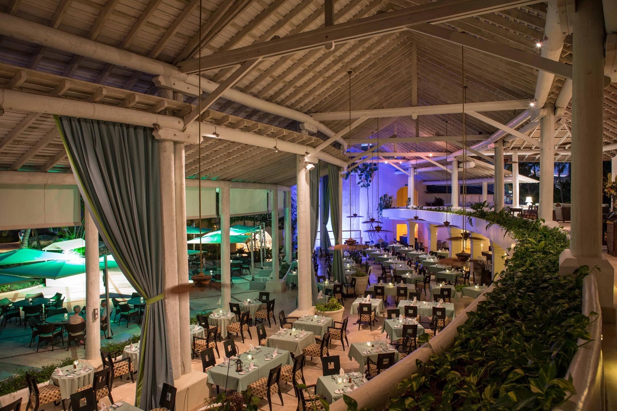 All-Inclusive Resorts Hotels building indoor ceiling Resort leisure restaurant line roof several
