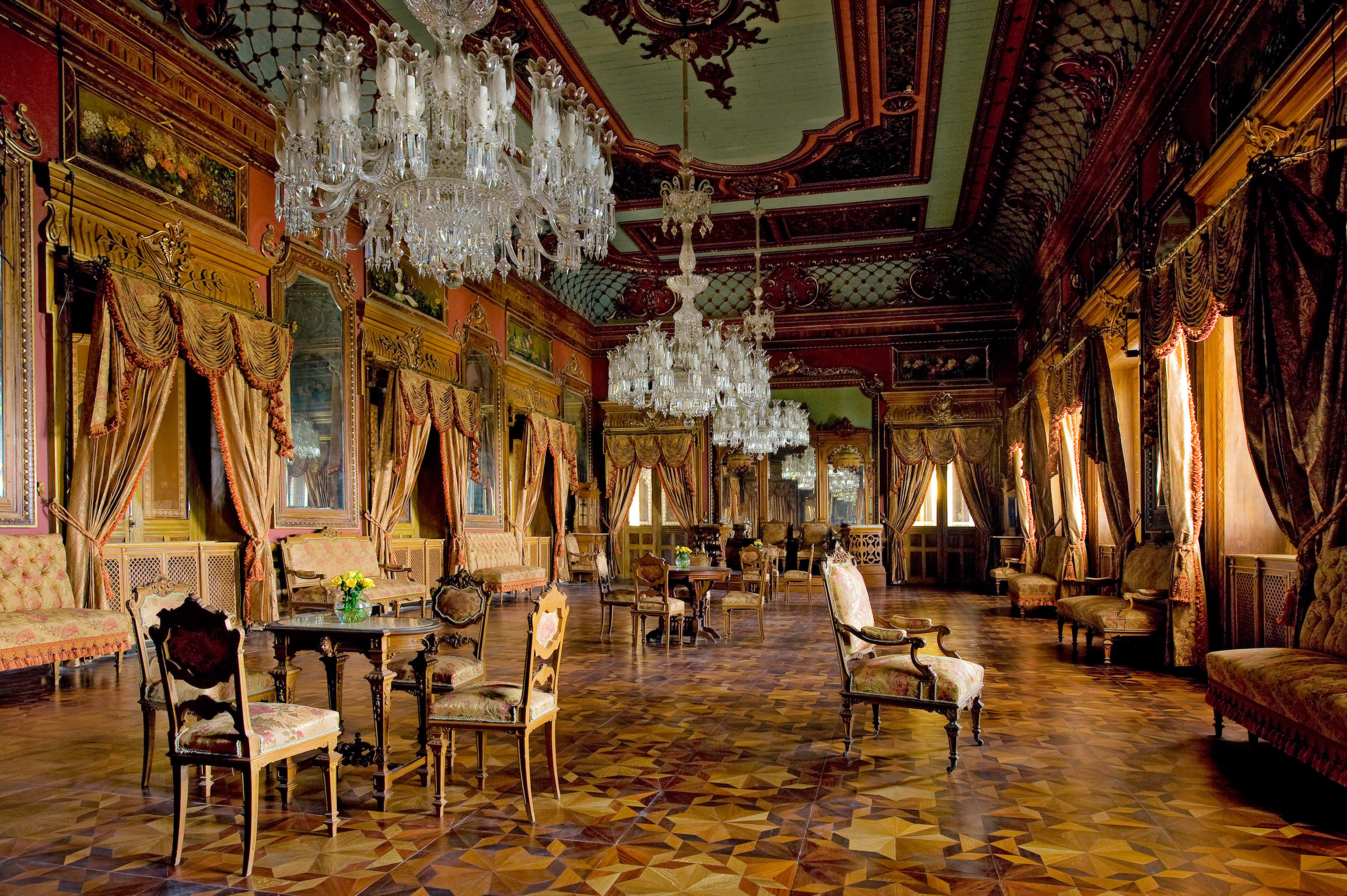 Design Elegant Hotels Lounge Luxury Travel Tips floor indoor building night palace ancient history place of worship temple restaurant several dining room