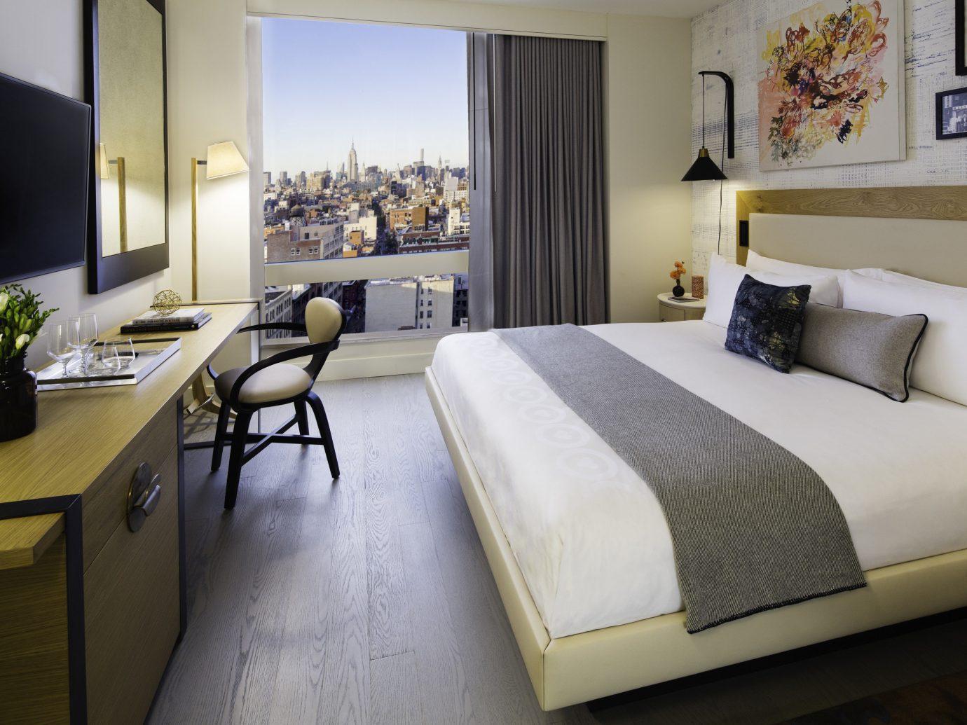 Hotels indoor floor wall bed sofa room hotel interior design Suite Bedroom bed frame furniture interior designer pillow decorated Modern