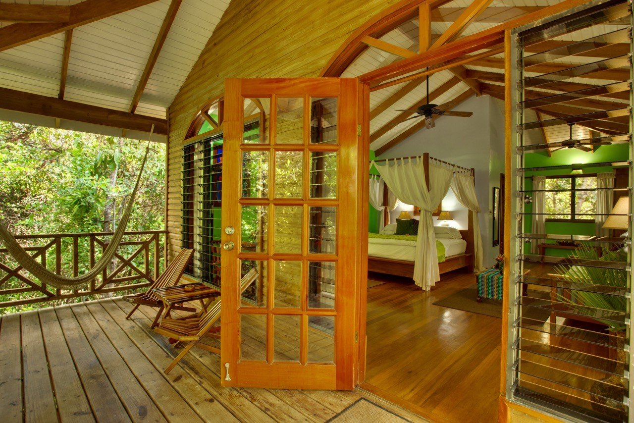 Hamansi Adventure And Dive Resort Bedroom In Belize/Hopkins