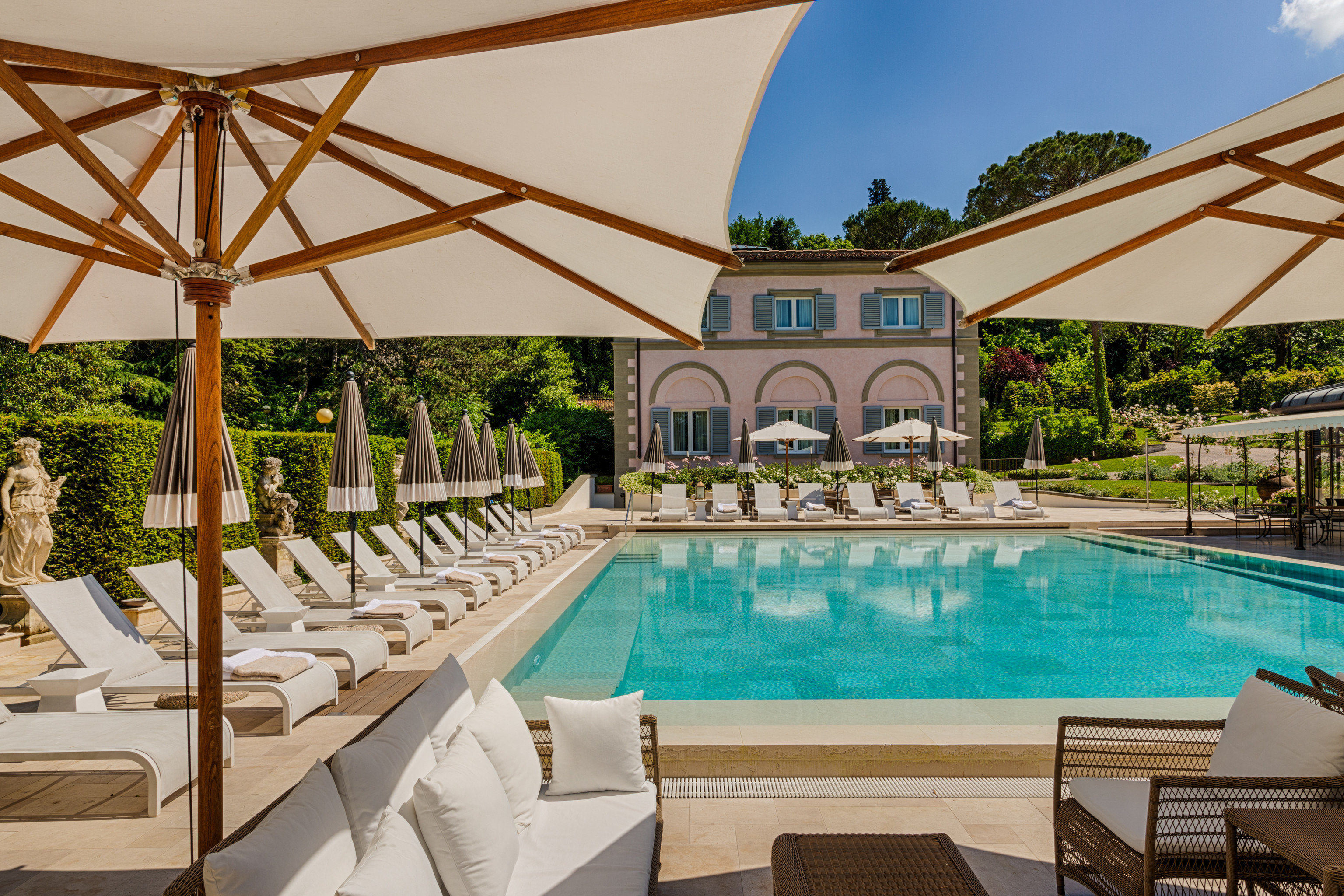 Florence Hotels Italy outdoor sky table swimming pool building leisure property Resort estate Villa vacation backyard hacienda real estate eco hotel outdoor structure furniture