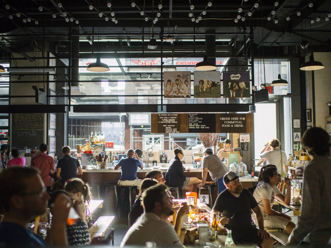 Dining Eat food court Hip industrial interior natural light people trendy Trip Ideas urban windows person indoor crowd ceiling group convention