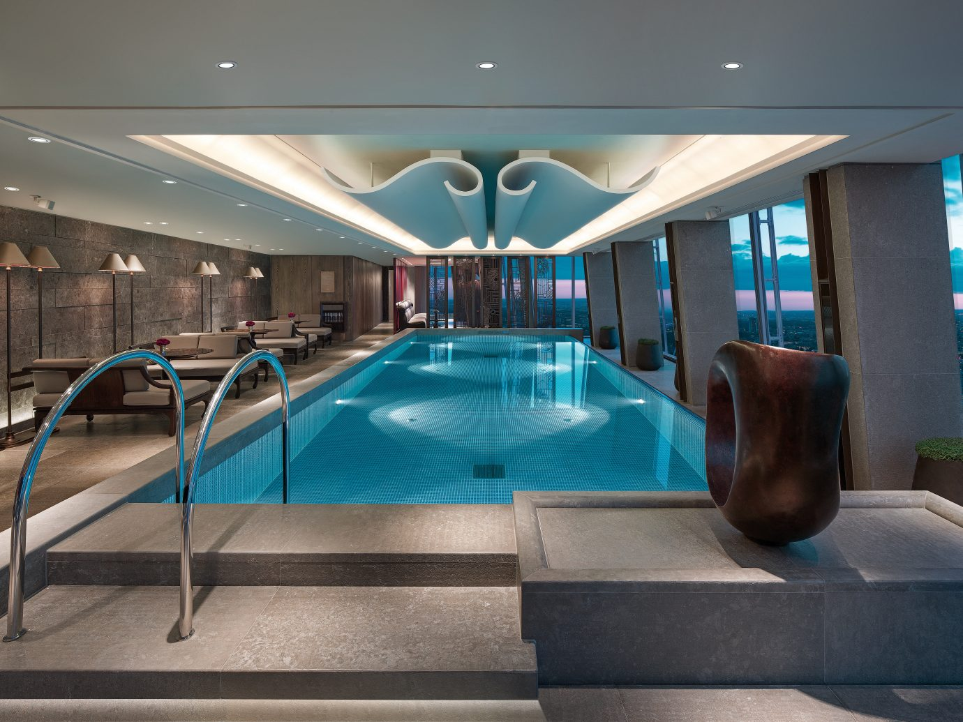 Infinity Pool At Shangri-La Hotel - The Shard In London