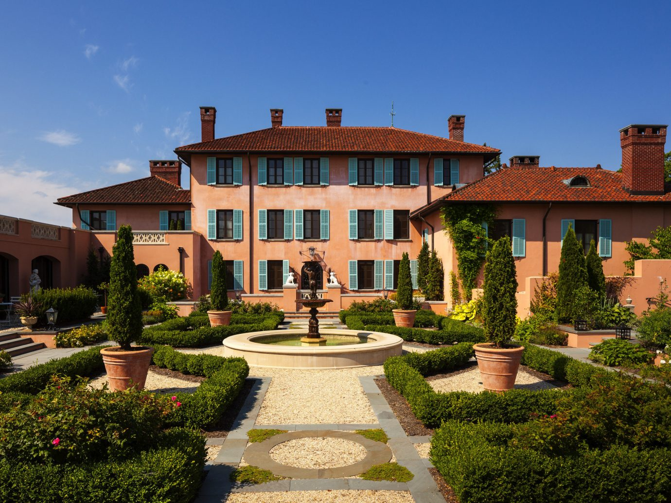 Hotels New York Romantic Hotels estate property mansion home real estate Villa house residential area sky hacienda stately home Courtyard official residence facade historic house landscaping building historic site manor house national trust for places of historic interest or natural beauty Garden roof Resort window plantation elevation landscape