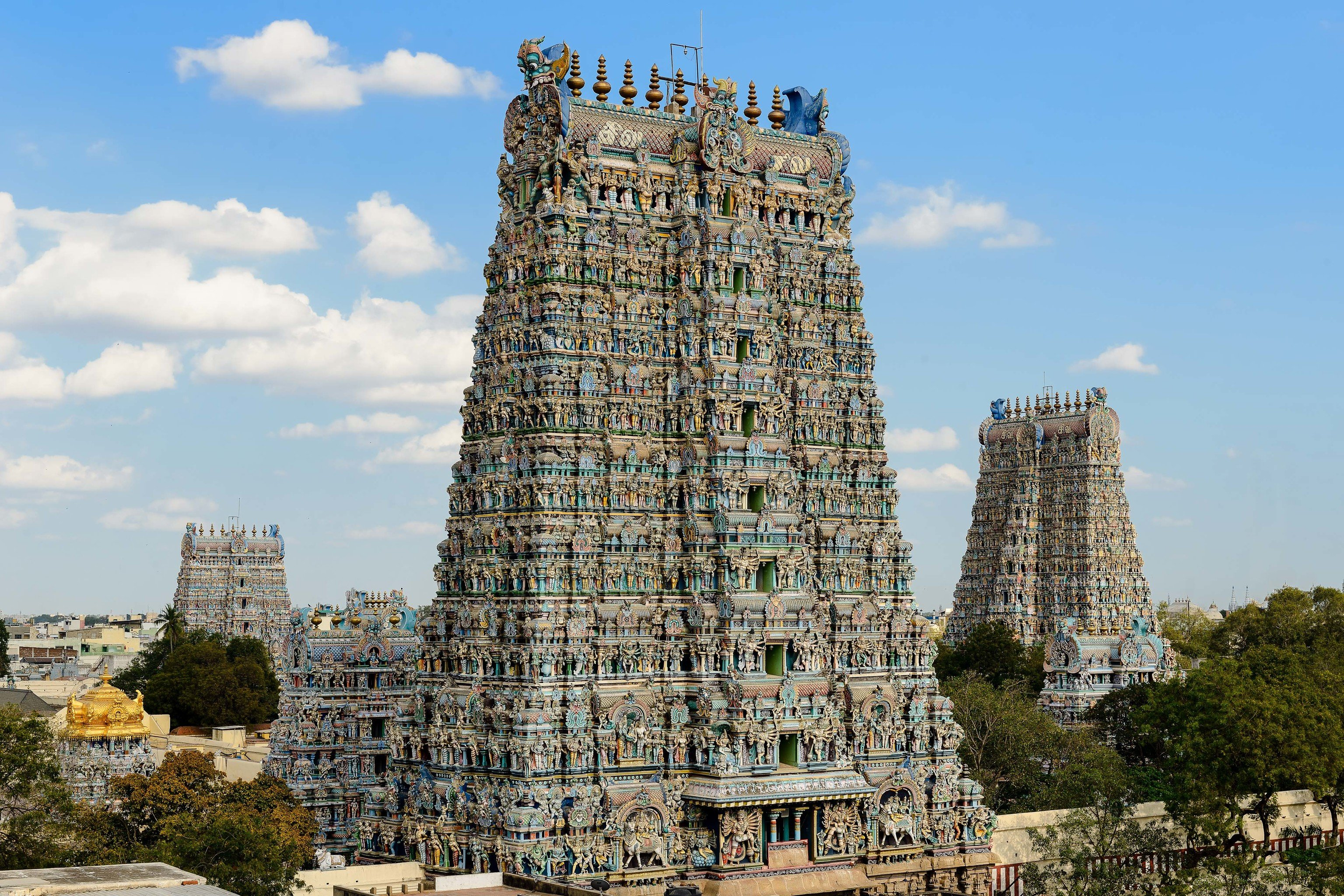Travel Tips outdoor sky building historic site medieval architecture archaeological site hindu temple place of worship temple ancient history unesco world heritage site tours old day