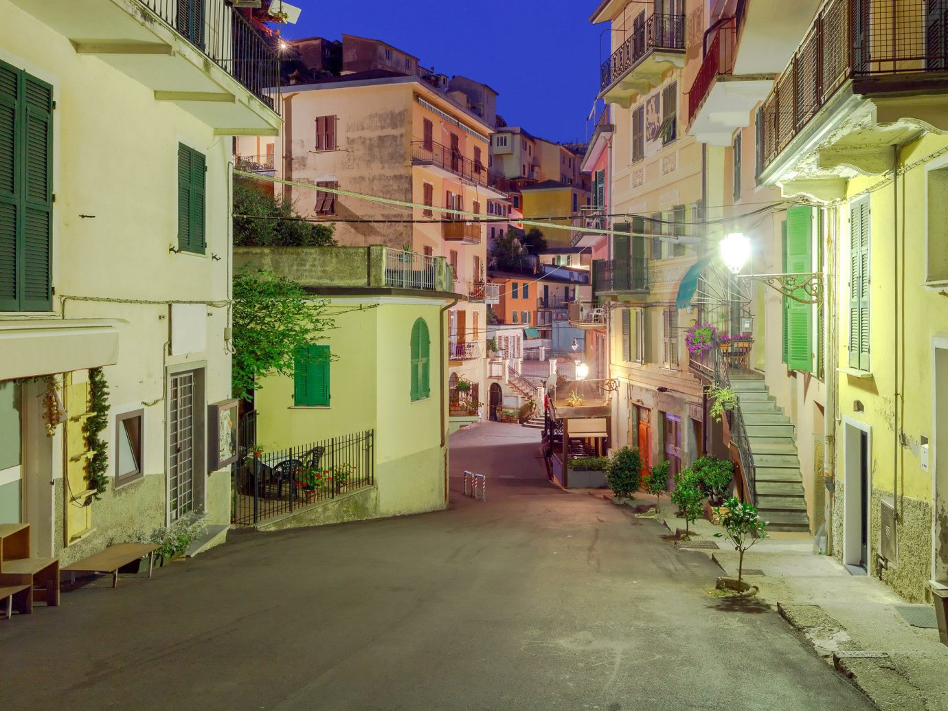 Italy Trip Ideas building outdoor Town neighbourhood street alley infrastructure City road house residential area home way mixed use real estate facade window Downtown tree sky apartment store sidewalk